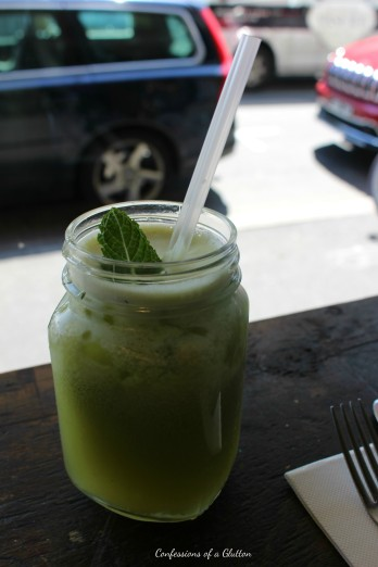 Nice Pear ($7.50): apple, pear, mint, lime